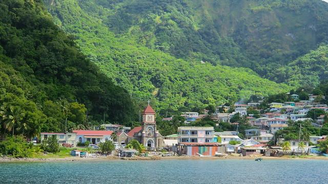 Dominica (Caribbean) - Soufrière - colorful village & landscape