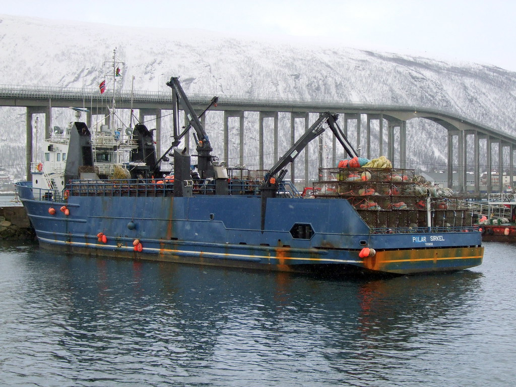 King crab trawler in Tromsø    en wikipedia org/wiki/King_cr…   Flickr