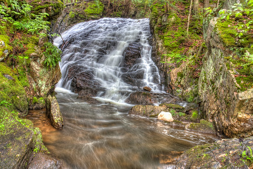 photo waterfall stream vermont killington hdr photomatix thunderingfalls beccaweddingweekend