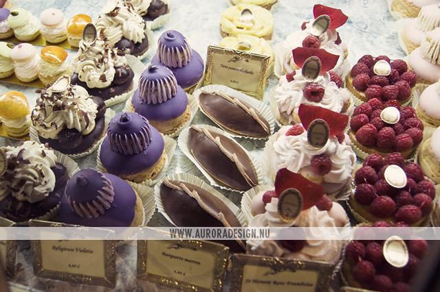 Ladurée cakes - Paris