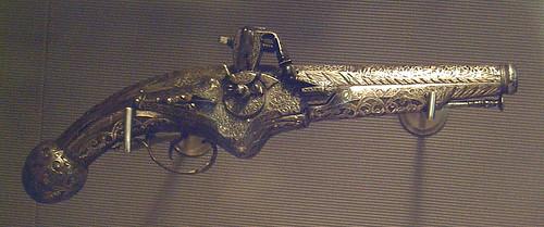 Pistola española de llave de rueda s. XVII (M.A.N.) 01