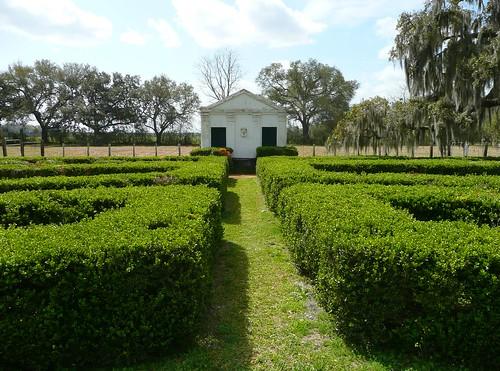 garden nhl la louisiana historic plantation historicpreservation privy nationalhistoriclandmark nationalregister nationalregisterofhistoricplaces nrhp evergreenplantation