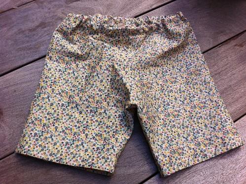 I sewed shorts for Minna! | by megnut