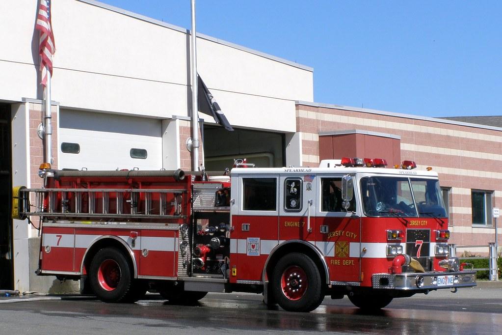 Jersey City NJ (Jersey City Fire Department Engine 7 Truck… | Flickr