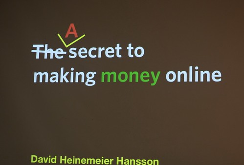 A secret to making money online | by Mathieu Thouvenin