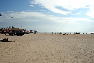 Beach in Goa   by eviltomthai