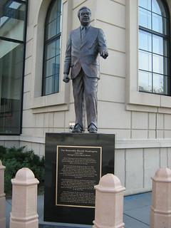 Harold Washington Cultural Center Statue