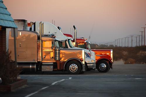 sunset desert mojave trucks i15 barstow d40
