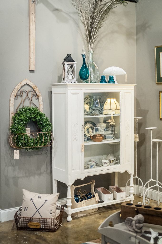 Adjectives Featured Finds in Altamonte by Amour Shabby Vintage