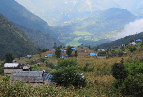 bâtimentmaison leblu montagnes nepal préci salyan solukhumbu village