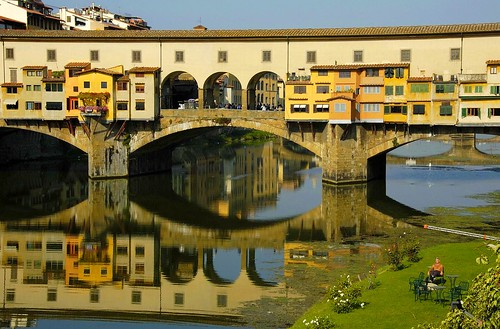 relax in river to the Arno | by pasma