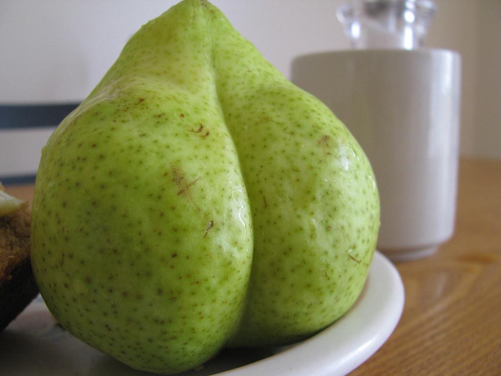 Pear Booty