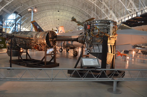 Steven F. Udvar-Hazy Center: Lockheed Martin X-35B Joint Strike Fighter (Pratt & Whitney JSF 119-PW-611 engine displayed next to the plane, with redirectable thruster nozzles for vertical takeoff & landing) | by Chris Devers