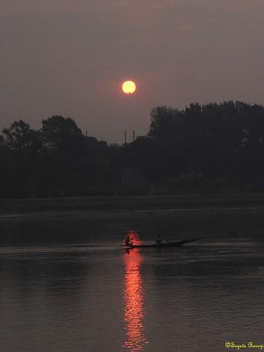 sun india reflection water silhouette sunrise river dark boat joy bengal westbengal hooghly sugata banerji joyforever sugatabanerji