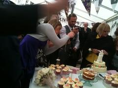 Cake paparazzi - Cara and Bez's wedding