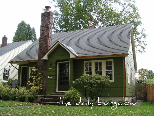 Exterior Color Schemes::Green::Paint Colors for the Historic