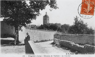 L'entrée de l'esplanade de l'Orme à Orgelet