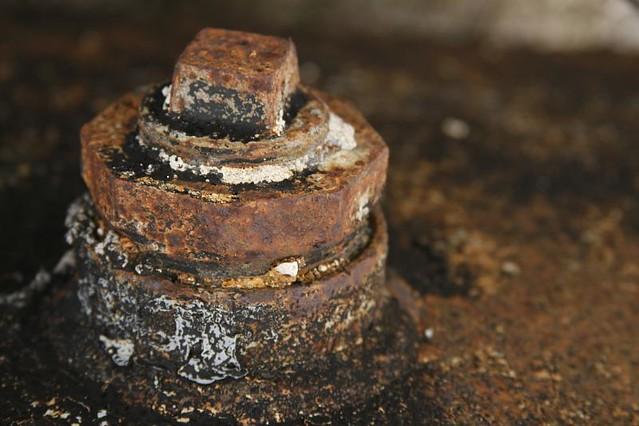 rusting plug