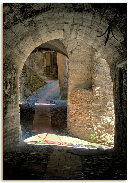 Enfilade - Triora (Ligurie) - Italie