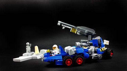 Classic Space rover with ion canon | by Brick Martil