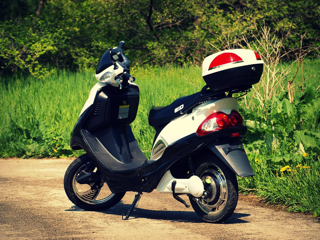 2011 GIO 500W Electic Scooter: First Thoughts | The 2011 GIO… | Flickr
