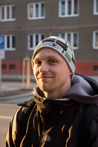street city light sunset portrait sun sunlight man black green yellow grey town friend close walk pilsen jacket czechrepublic plzen čechy českárepublika plzeň luboš