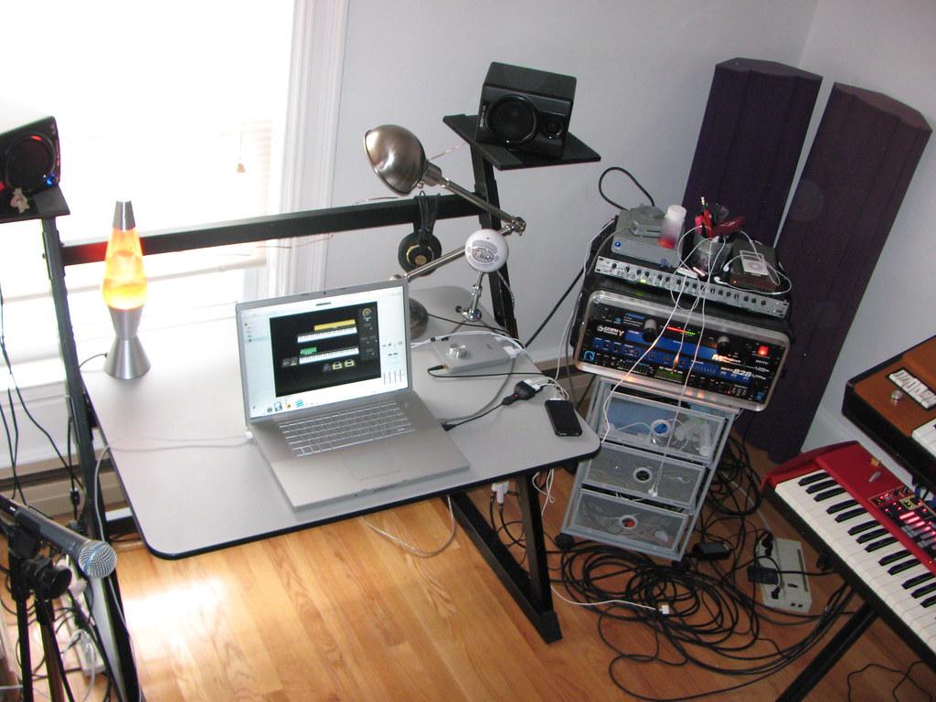 studio rig macbook pro apogee duet focusrite platinum vo flickr. Black Bedroom Furniture Sets. Home Design Ideas