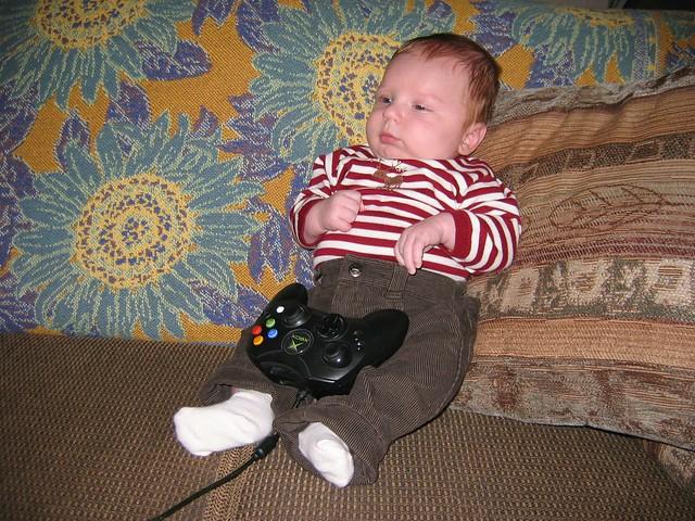 Oskar Enjoys Xbox