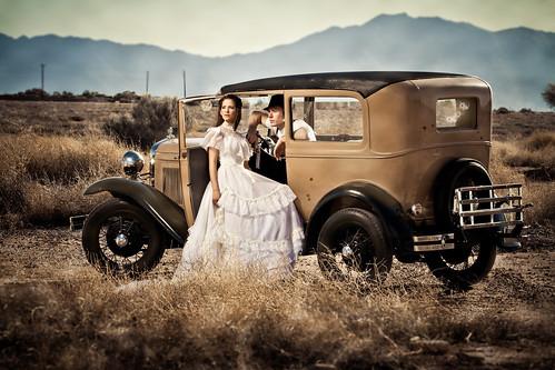 wedding arizona ford modela vintage clyde engagement gun bonnie bulletholes strobist