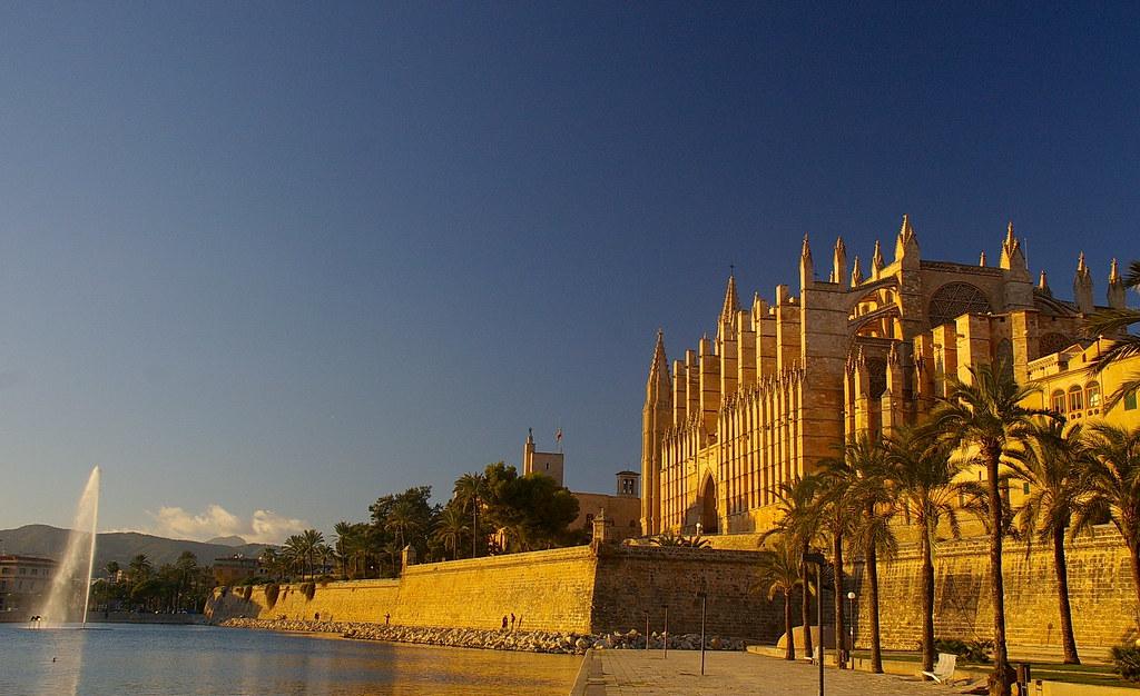 Palma de Mallorca | View On Black Vista de la catedral i de … | Flickr