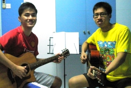 Adult guitar lessons Singapore Shawn
