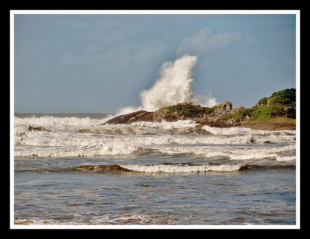 Ilha Pompeba, Guaruja   Ou Ilha do Tony, em homenagem a surf…   Flickr