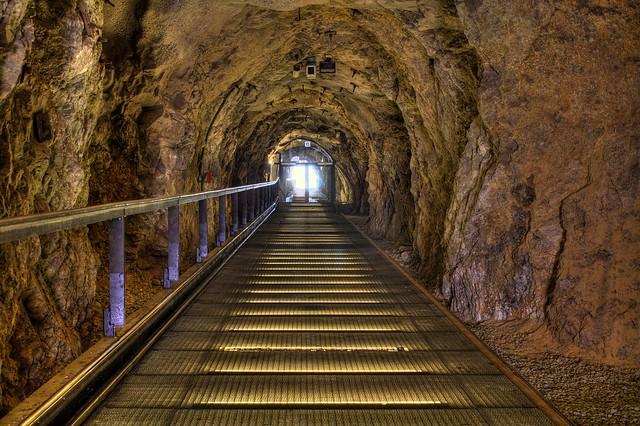 Schlossberg Tunnel HDR