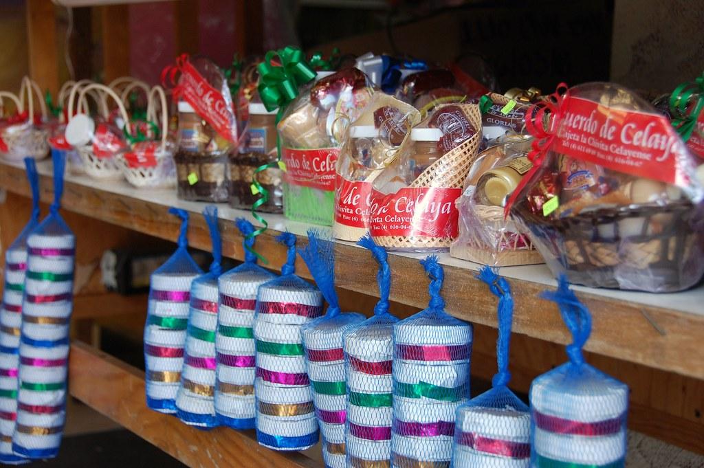 Colorful Cajitas De Cajeta Cajitas Are Little Wooden Boxes Flickr