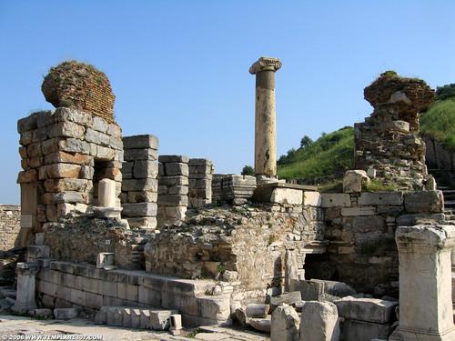 TR06 2245 Ephesus   by Templar1307