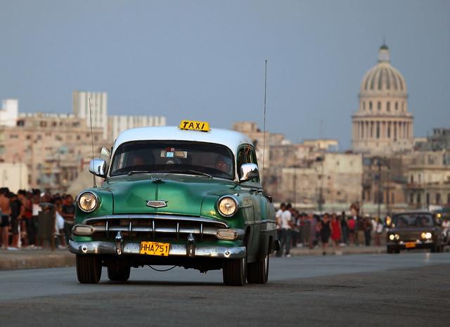 Le Fantastiche Automobili di Cuba - Taxi Verde