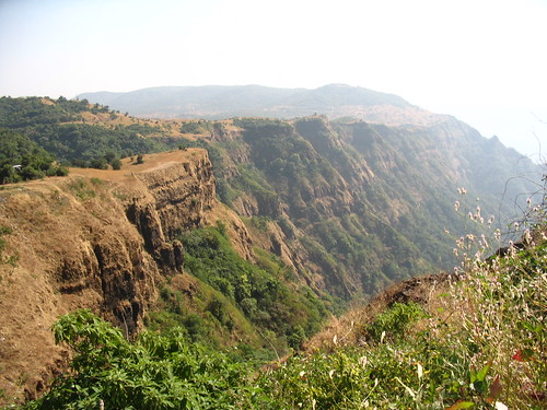 Valley before Vishalgad