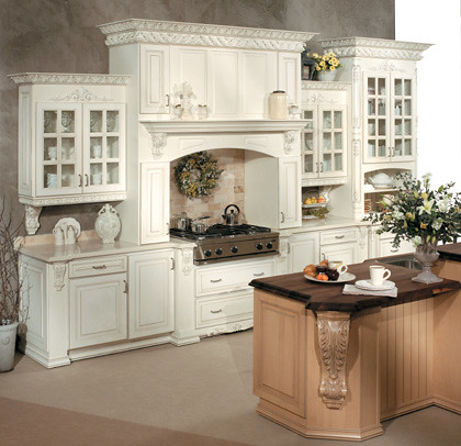 Elegant Kitchen Cabinets - Fieldstone Cabinetry | This kitch ...