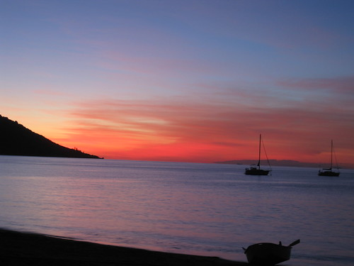 Sunset on Magnetic Island | by floongle
