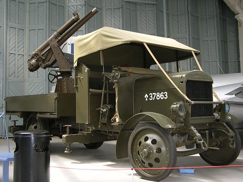 IWM Duxford 0393 - WWI - British - Thornycroft J-Type Lorry 13 pdr Anti-Aircraft Gun - 1915 | by gberg2007