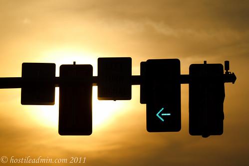 sunset sunlight trafficlight us unitedstates va trafficsignal silohuette dalecity princewilliamcountyva dalecityva princewilliamparkway dalecityvirginia princewilliamcountyvirginia greenarrowlight