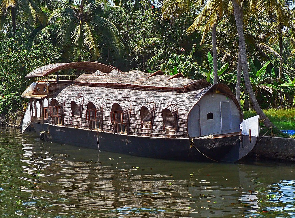 God's own Country - Sights 01 | River cruise in Kerala is ...