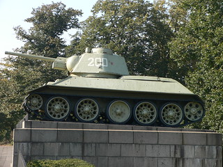 Russian Tank - T34? or T36?