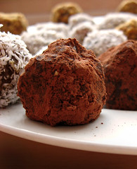 nut & date balls (cocoa) | by Johnson Cameraface