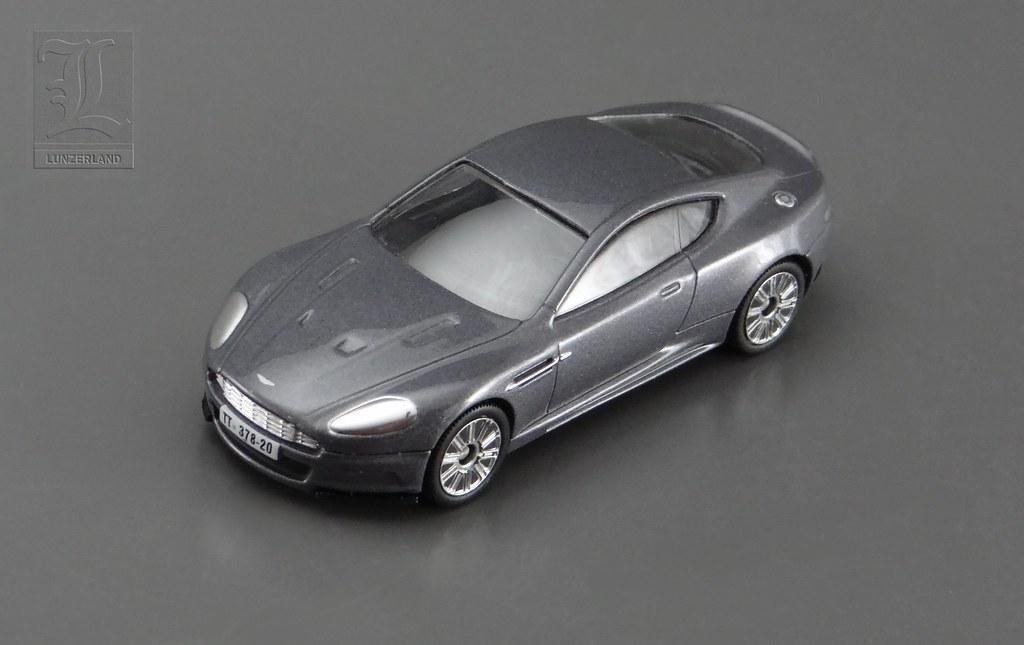 James Bond Casino Royale Aston Martin Dbs 1 60 Scale Die
