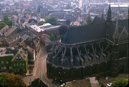 cathedral belgium belgique mons goldstaraward collégialesaintewaudru ベルギ