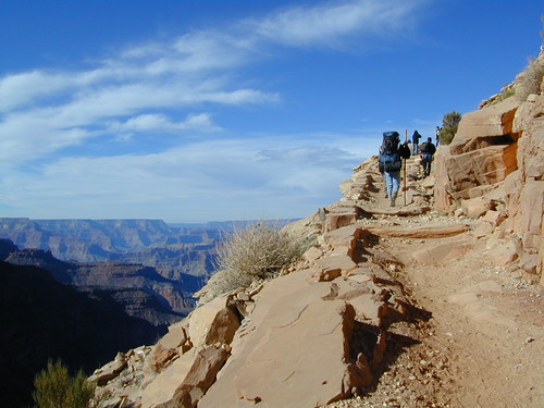 South Rim Backpackers
