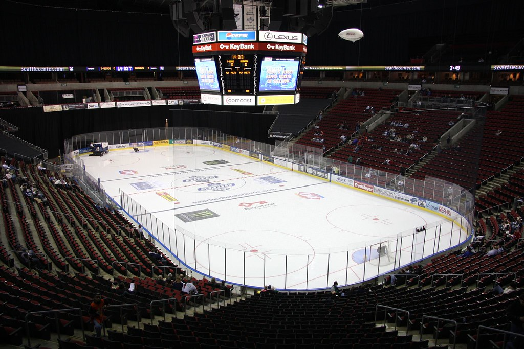 Seattle Thunderbirds Hockey Game | Key arena in Seattle just… | Flickr