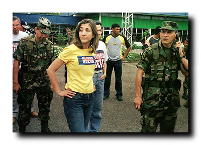 Last photo of Ingrid Betancourt right before kidnapping by… | Flickr