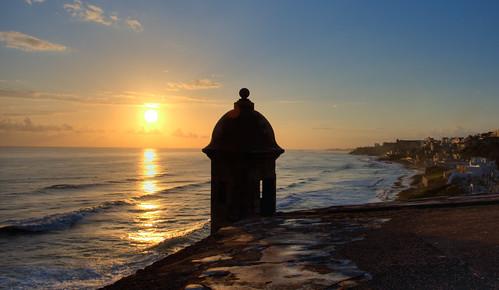 sun sol sunrise canon puertorico amanecer sanjuan portfolio canonef1740mmf4lusm hdr elmorro garita canon1740mmf4l photomatix 1dmarkiii 1dmk3 canon1dmarkiii